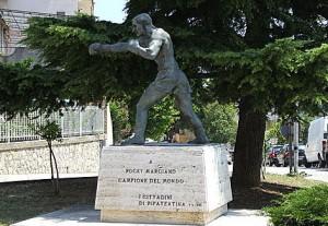 statua-rocky-marciano-in-abruzzo