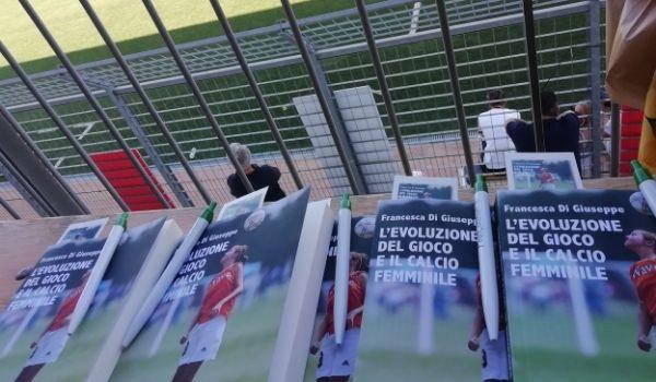 L'evoluzione del gioco e il calcio femminile